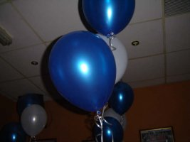 blue and white ballons